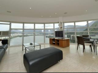 Lagoa, panoramic view w/ design