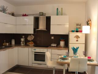 Cozy studio close to the beach at Athens Riviera!
