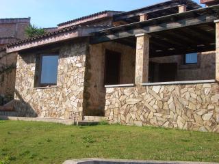 VILLAPUTZU, home PORTO CORALLO , 800 mt to the sea