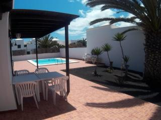 Casa Ico - villa independiente con piscina privada, Costa Teguise