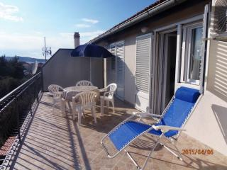 Apartment Milka for 4 with terrace, Brodarica