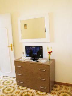 Camera da letto con TV