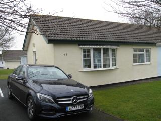 Gower Holiday Bungalow, pool, indoor/outdoor play areas.Heating included, Swansea County