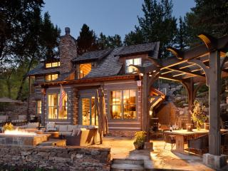Ultra-Luxe Aspen Escape; Short Walk from Downtown