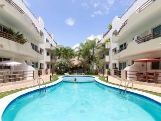 Super Deal! Nice and well located in Playa!, Playa del Carmen