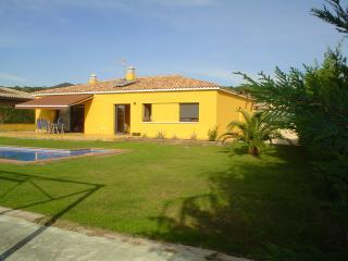 villa yellow, Sant Antoni de Calonge