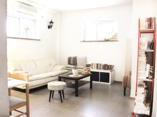 Central TLV, Chic BeachSide Apt