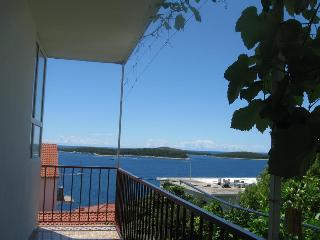 Apartment Borki 2, Hvar