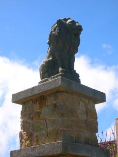 Look for the Lions on the Entrance Gate Columns when you arrive.