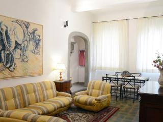Ponte Vecchio medieval tower suite