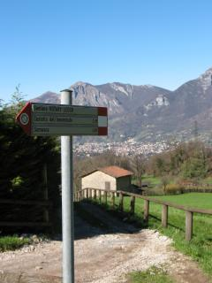 Sentieri che partono dalla località Neguggio, other path starting from Neguggio site