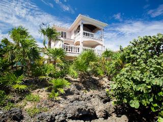 Coral Vista #3 (3 bedroom option), Roatán