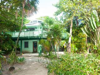 Playa Bonita 2 bedroom option, Roatán