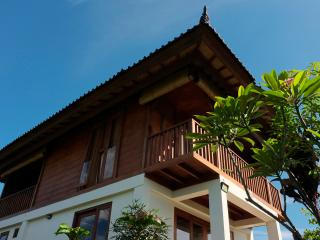 Serene Teak House in Ubud, the Heart of Bali
