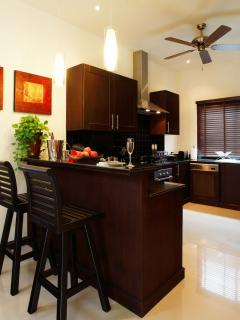Fully Fitted Western Kitchen with all appliances