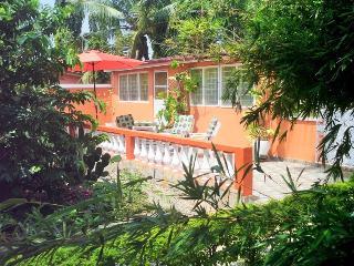 Holiday Apartments House Siriboe