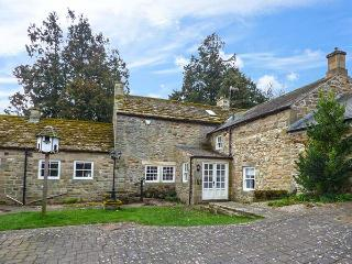EAST FARM HOUSE, Grade II listed farmhouse, woodburner, en-suite, enclosed garden, in Humshaugh, Ref 912927