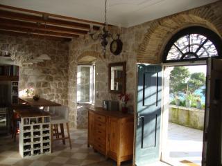 Historical villa (sea views) in Dubrovnik town
