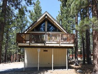 Quiet 4BR Cul-de-Sac Chalet, 3 Blocks to Heavenly, South Lake Tahoe