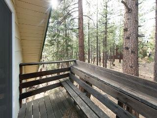 3BR + Loft Chalet, Walk to Heavenly Resort & the Best of Tahoe