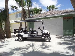 FREE 6 SEAT GOLF CART Whispering Palm 3/2, pet friendly, WIFI, Port Aransas