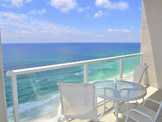 Beachside II 4374 - access to FREE activities every day, saltwater pool, safe