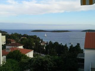 Apartment Borki 3, Hvar
