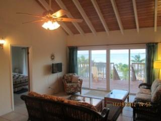 2 BEDROOM APT.for 4 + on TRIPADVISOR RATED HOOPERS BAY BEACH  with TURTLES !