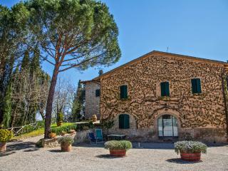 Tuscan countryhouse apartment in San Gimignano
