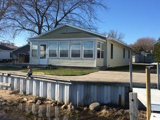 Family Home Located on Portage Lake, Onekama