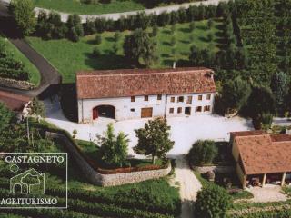 Agriturismo Il Castagneto app.Alba, Zovon