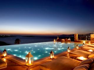 Bill Coo- Bachelor Suite, Mykonos-Stad