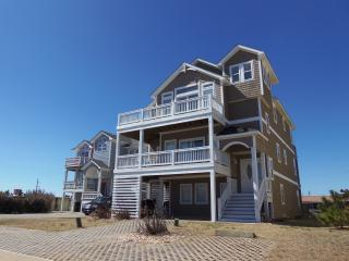 LARGE Semi-Oceanfront, Elev., Priv. Pool, Hot Tub!, Nags Head