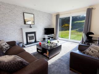 Valley Lodge-Lon Isallt-Trearddur Bay-Anglesey