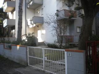 Principina a Mare (GR) - Appartamento con giardino