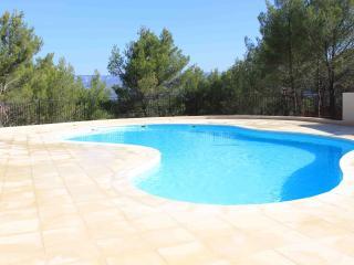 Maison avec piscine à Pont-Royal en Provence