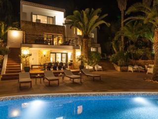 Casa Valverde, Cala Llonga