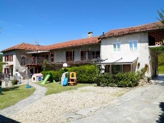 Child Friendly holiday home with swimming pool