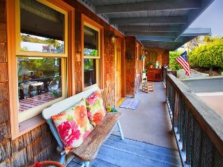 SoCal Cottage-Cozy Condo Just Minutes From Beach and Popular Attractions, San Clemente