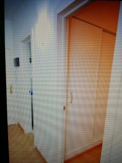 pasillo puerta dormitorio