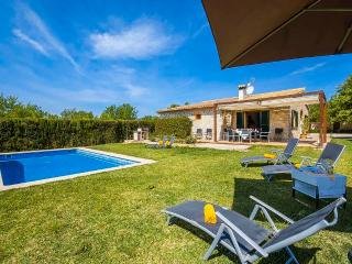 Nice finca in the centre Mallorca, pool and garden, Lloseta