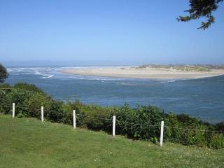 AMBERS POINT OF VIEW - Waldport