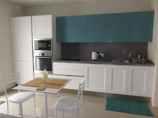 New, luxurious, St. Julians apartment, San Ġiljan