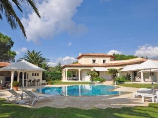 Best Villa + heated pool 6 guests SAINT TROPEZ