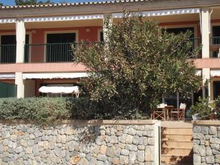 Sant Elm Playa Apartment - right in front of the b