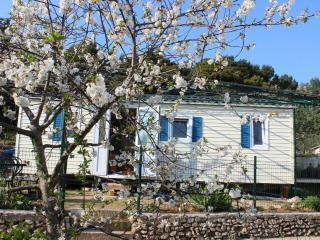 Mobile home- Bol campsite KITO