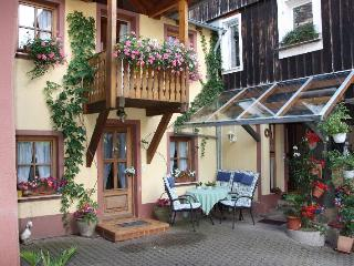 Vacation Apartment in Muellheim - 463 sqft, 1 bedroom, max. 2 persons (# 8104), Britzingen