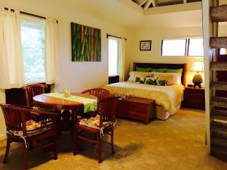 Bamboo Hale~Clean, Cute, Centralized, Affordable, Princeville