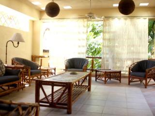 Casa Peaches, La Manzanilla