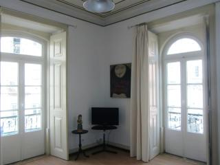 Bica Central Lisbon Apartment 3